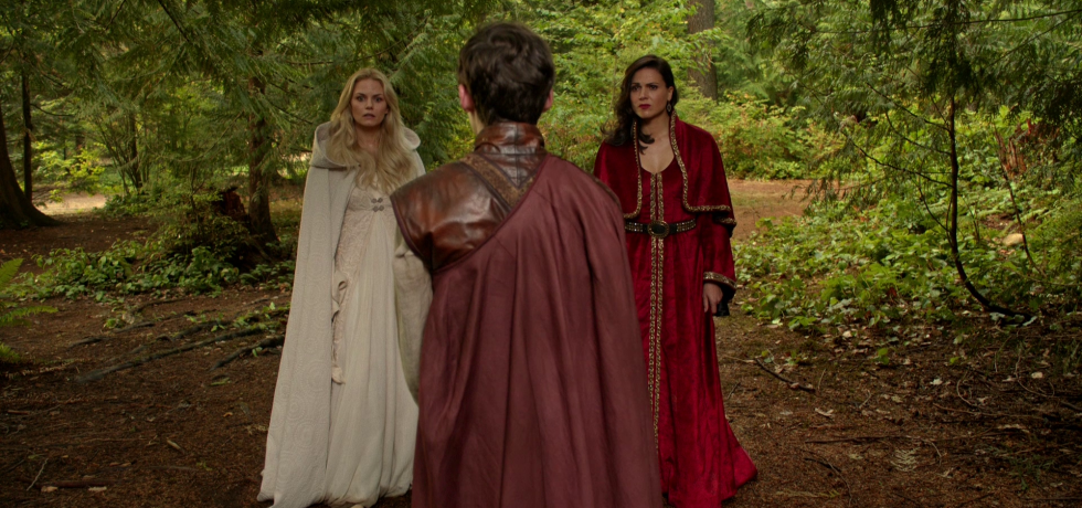 Emma and Regina meet with Henry in the wood